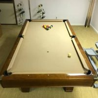 Excellent Hawthorn by Brunswick Pool table