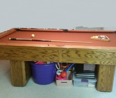 Pool Table - 8' Olhausen
